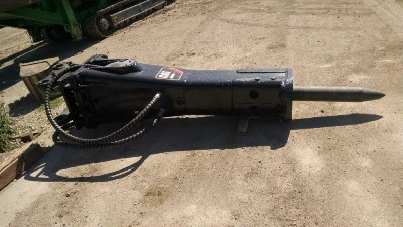 Caterpillar H160D, Fits Cat 330 Sized Excavator  Hammer-Concrete a la venta