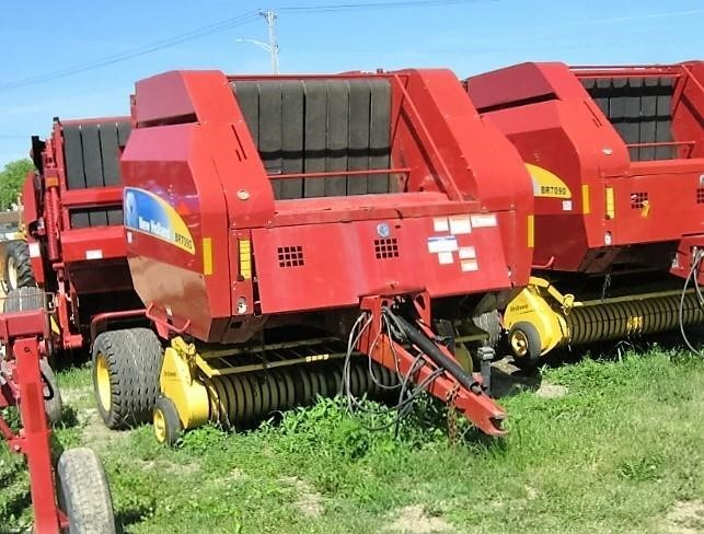 New Holland BR7090 Baler-Round For Sale