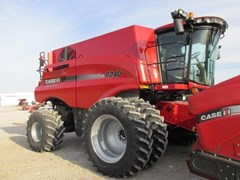 Combine For Sale 2015 Case IH 8240