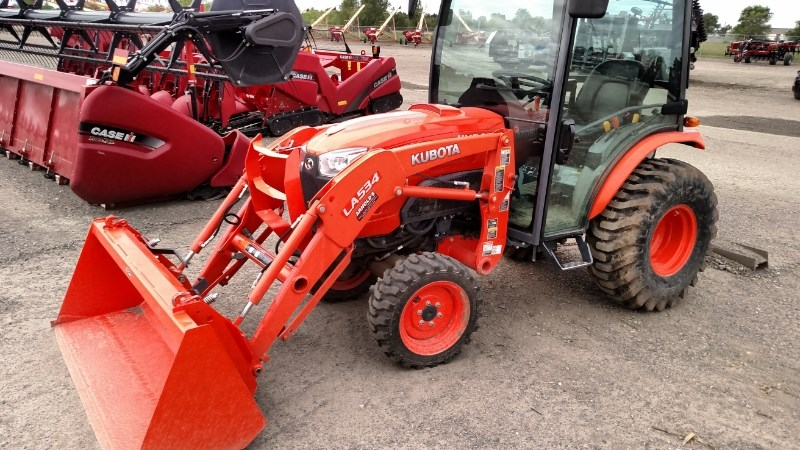 2013 Kubota B3350HSDC Tractor - Compact For Sale