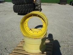 Wheels and Tires For Sale John Deere 22.5x13 used Rims 12 bolt hub
