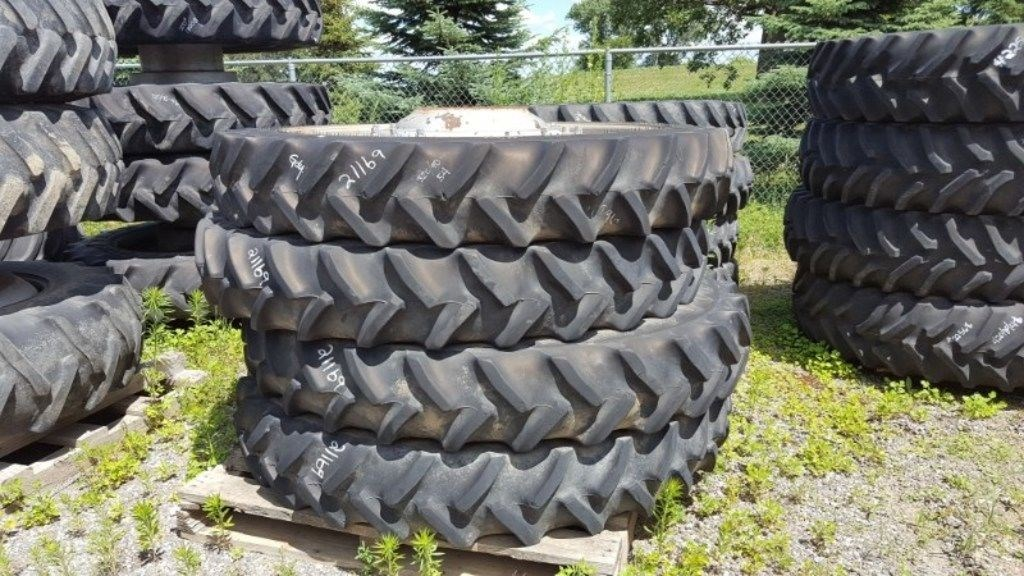 Case IH 320/90R54 Wheels and Tires For Sale