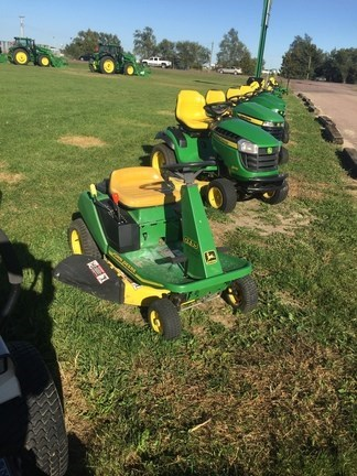 1998 John Deere GX85 Riding Mower For Sale