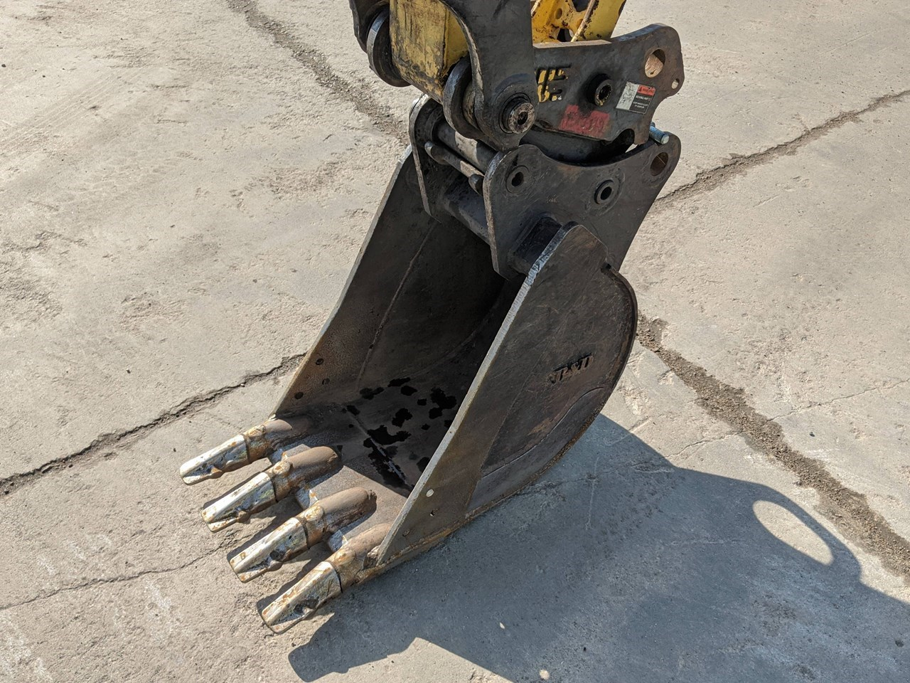 2016 B&D Fabricators SK55GP18 Excavator Bucket For Sale
