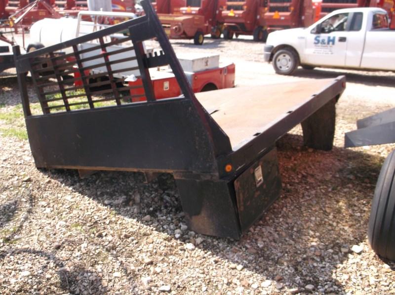 Other 1 Ton Flatbed off of 07 Dodge Flatbed/Flatbed Dump For Sale