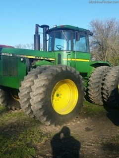 Tractor For Sale:  1981 John Deere 8640 , 235 HP