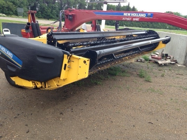 2015 New Holland H7150 Mower Conditioner For Sale
