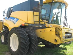 Combine For Sale 2012 New Holland CR8090