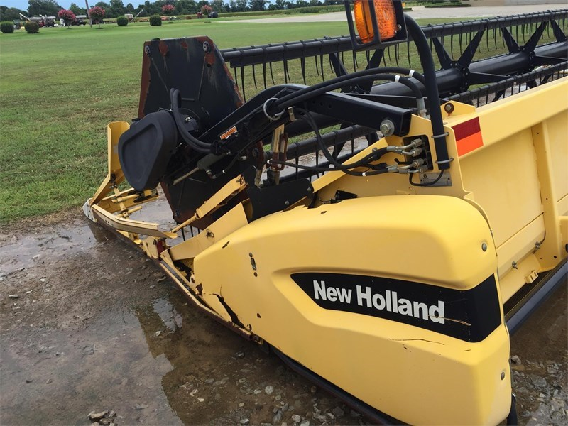 2005 New Holland 74C Header/Platform For Sale