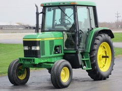 Tractor For Sale 1998 John Deere 6310 , 99 HP