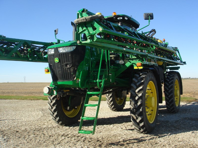 2015 John Deere R4045 Sprayer-Self Propelled For Sale