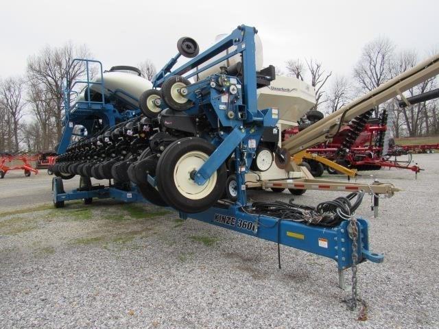 2011 Kinze 3600 Planter For Sale