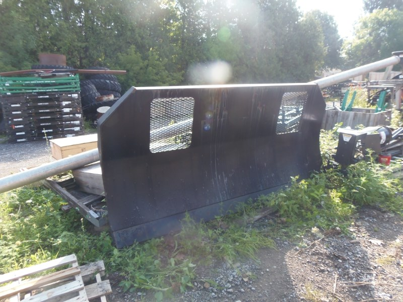 2009 Grouser 2200 Blade Front For Sale