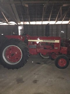 Tractor For Sale 1970 International 826 , 92 HP