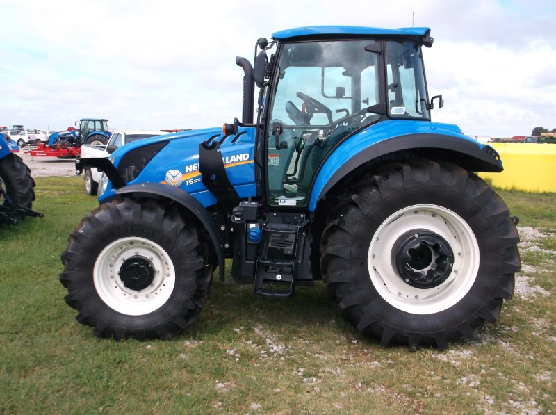 New Holland (NEW) T5.120 Electro Command 4x4  Tractor For Sale