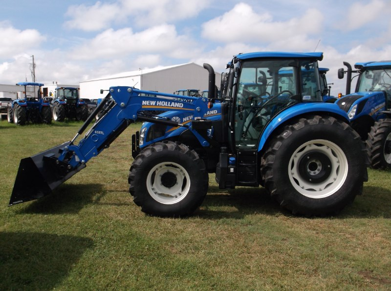 2016 New Holland (NEW) T4.120 Dual Command 4x4 Tractor For Sale
