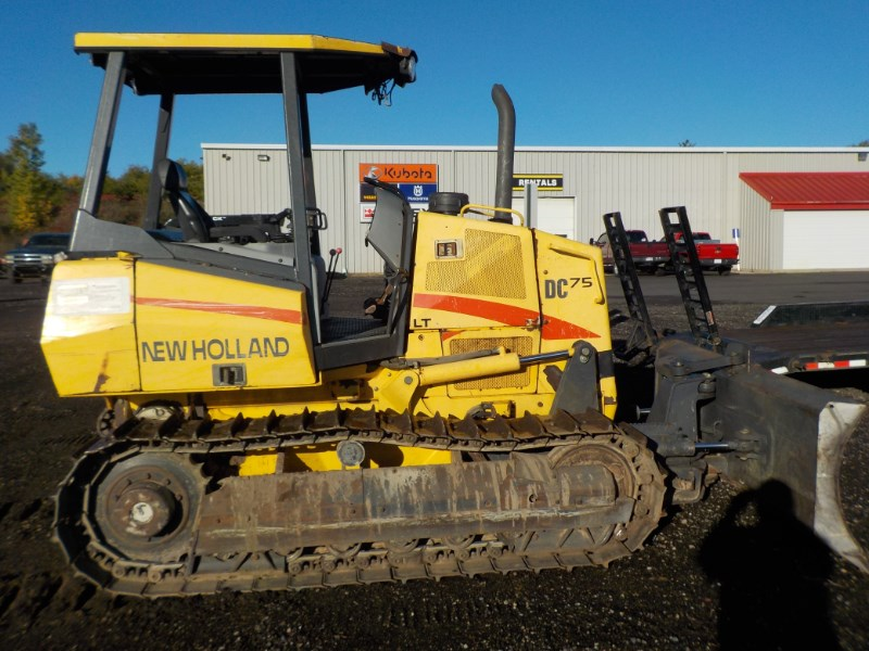 2006 New Holland DC75 Dozer