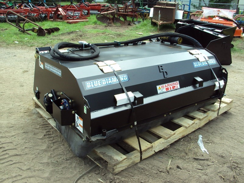 Blue Diamond Skid Steer Sweeper Sweeper For Sale
