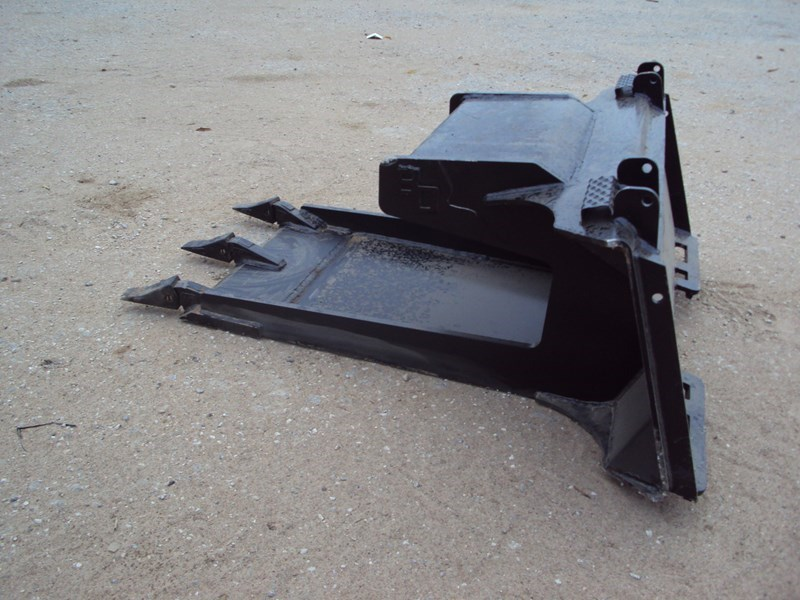 Blue Diamond Skid Steer Breakout  Bucket For Sale