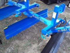 Blade Rear-3 Point Hitch For Sale:  Dirt Dog 5FT blade