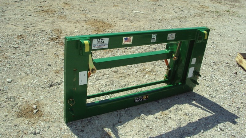 John Deere Skid Steer Quick Attach Attachment For Sale