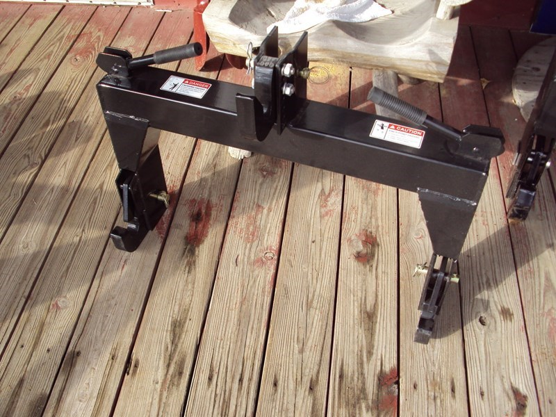 Other Cat 1 Quick Hitch Hitch For Sale » Windstar Equipment