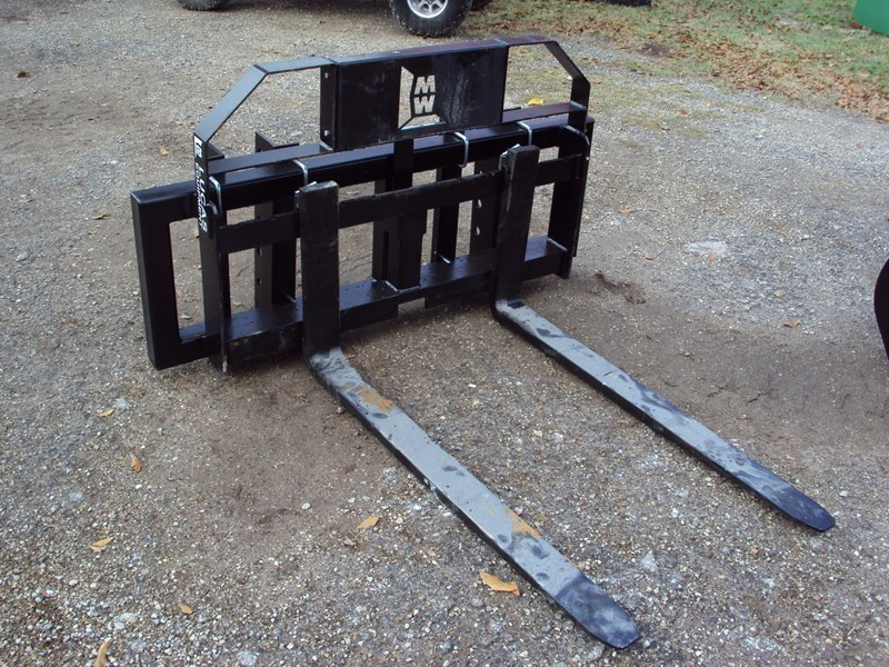 Other Universal Pallet Forks Attachment For Sale