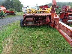 Forage Harvester-Pull Type For Sale 1992 New Holland 900
