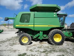 Combine For Sale:  2001 John Deere 9750 STS