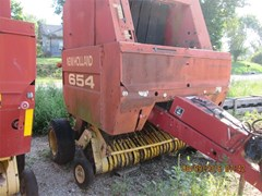 Baler-Round For Sale New Holland 654