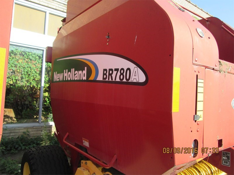 New Holland BR780A Baler-Round For Sale