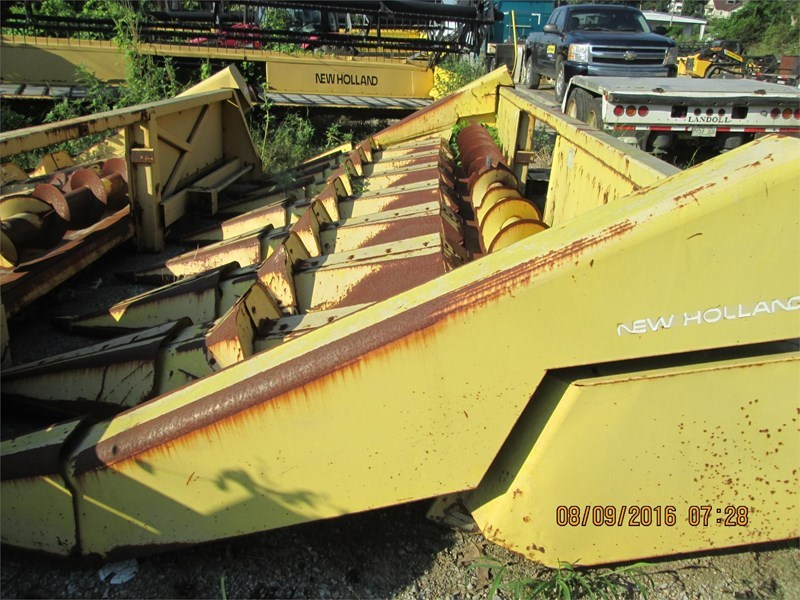 New Holland 974 Header-Row Crop For Sale
