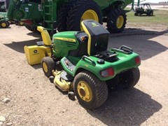 Riding Mower For Sale:  2008 John Deere X724 , 27 HP