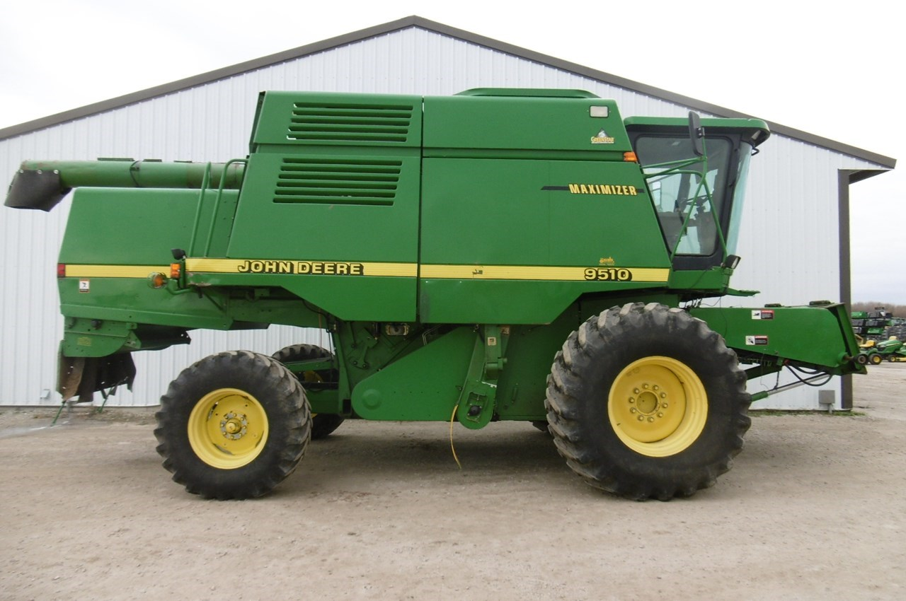1998 John Deere 9510 Combine For Sale