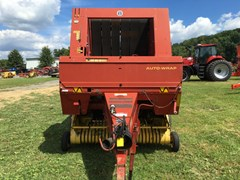 Baler-Round For Sale:  2001 New Holland 658