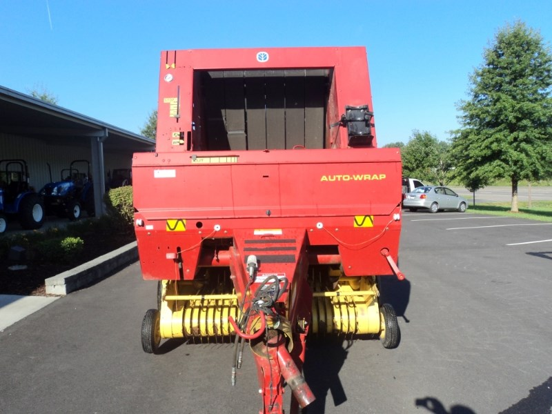 1999 New Holland 654 Baler-Round For Sale