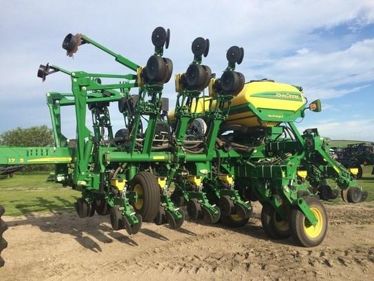 2015 John Deere 1795 Planter For Sale