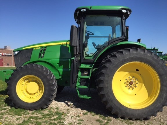 2012 John Deere 7215R Tractor For Sale