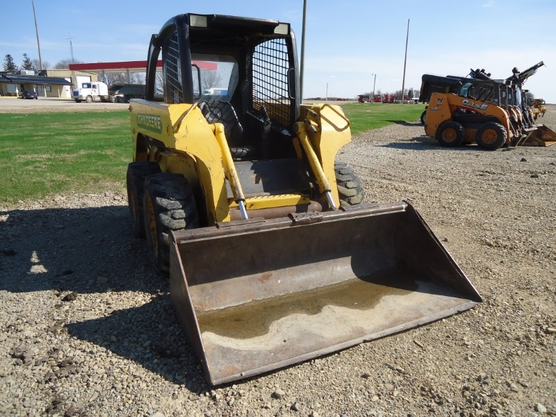 1999 John Deere 240 Skid Steer For Sale