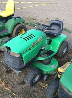 Riding Mower For Sale:  John Deere SABRE