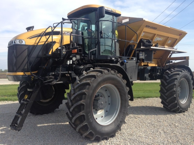2011 Ag Chem RG 1300 Sprayer-Self Propelled For Sale
