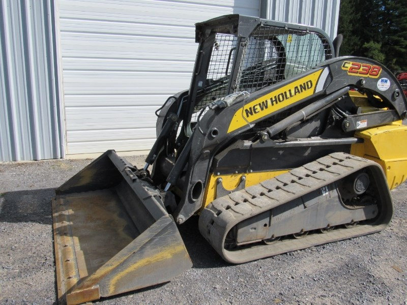 2013 New Holland C238 Skid Steer-Track For Sale