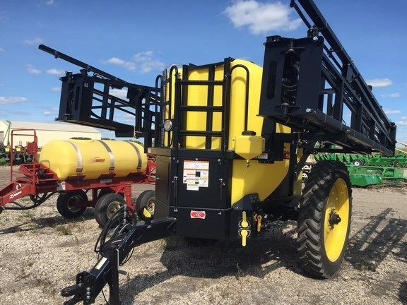2015 Demco 1250 Sprayer-Pull Type For Sale
