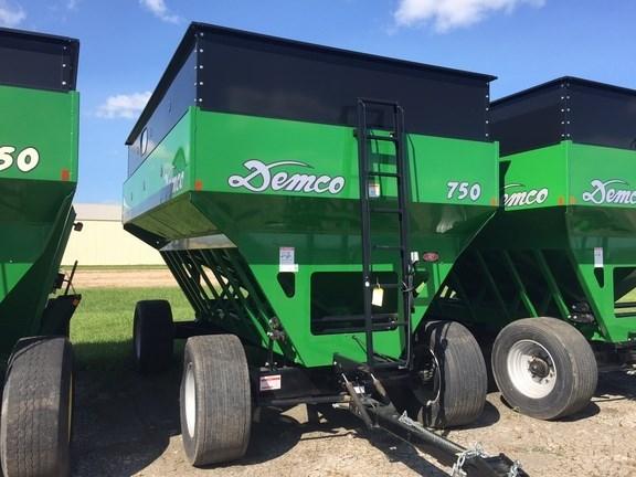 2014 Demco 750 Gravity Box For Sale