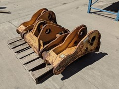 Loader Coupler For Sale:  2000 JRB WA450QC