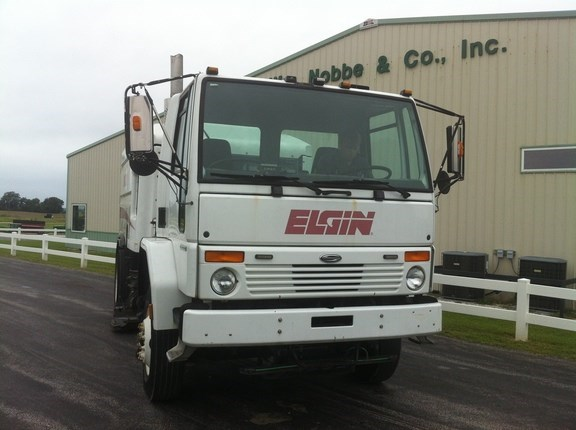 2004 Other Eligin Wirlwind Sweeper For Sale