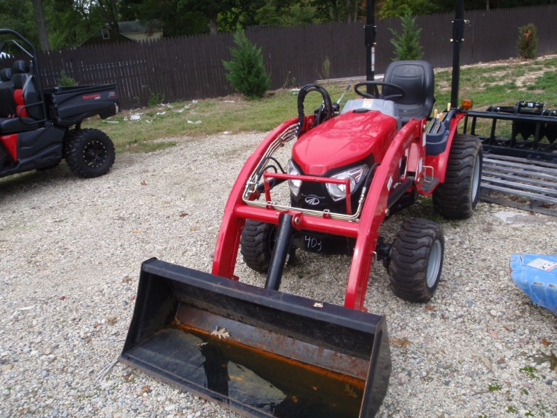 2105 Mahindra EMAX22 Tractor - Compact For Sale