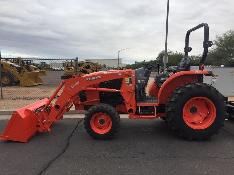 Kubota L5460HST Tractor