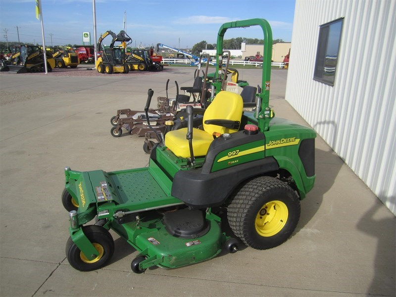 2010 John Deere 997 Zero Turn Mower For Sale