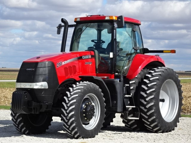 2012 Case IH MAGNUM 210 Tractor For Sale